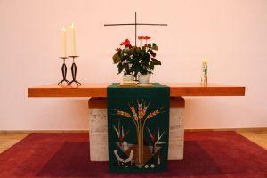 kreuzeskirche innen klein